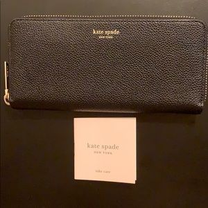 NEW Kate Spade Zip Around Leather Wallet